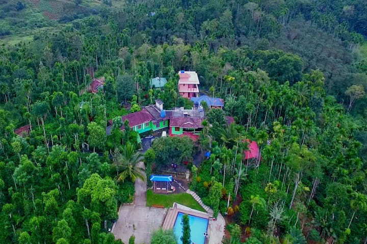 Deluxe Cottage In Plantation with Swimming Pool