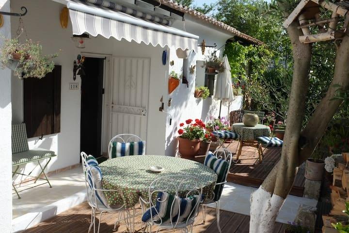 Maison camarguaise à 9km des Stes-Maries de la Mer