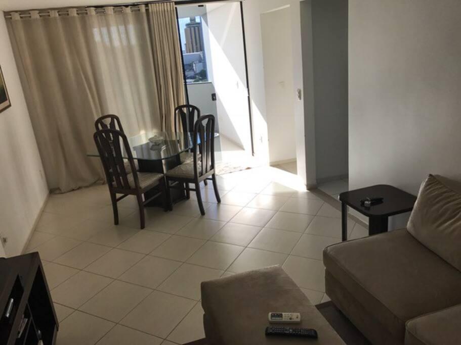 Espaço amplo das salas