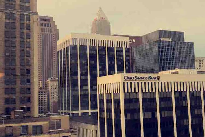 Best view of Downtown Cleveland-(1 bed, 1 bath)