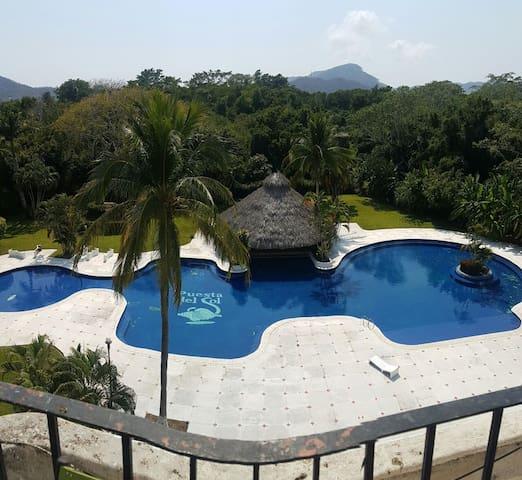 penthouse en club santiago manzanillo 5min. playa