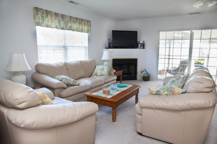 Spacious Bethany Beach Retreat - Bethany Beach - Talo