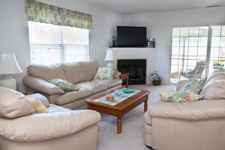 Spacious Bethany Beach Retreat - Bethany Beach - Rumah