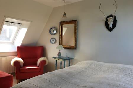 Flot værelse med udsigt - Det `Romantiske` værelse