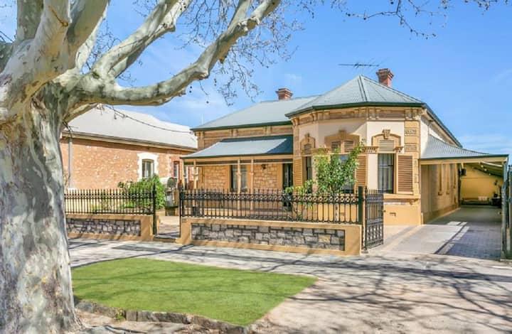 Jewel on Jeffcott, North Adelaide