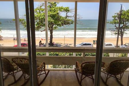 Casa maravilhosa na Praia de Cabeçudas!