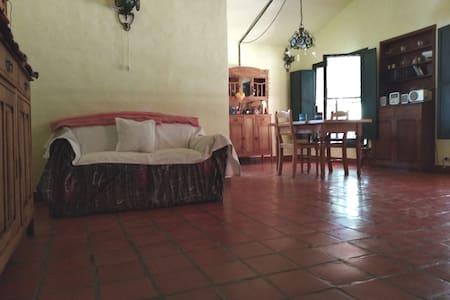 Anisacate.Hab. doble en casa de Campo ($1500)