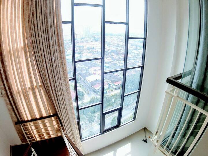 COOL penthouse, DUPLEX 23 & 24th floor fits 8paxs