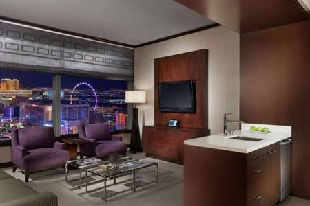 Vdara Penthouse Panoramic 1BR Suite