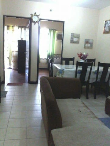 2BR CypressTower near  GLobal City - Taguig - Appartement en résidence