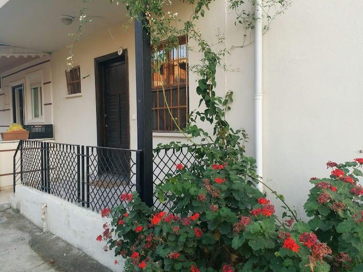 Bahçe Katı Yazlık Ev