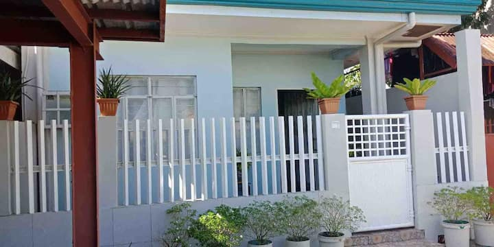 Boyet's Two bedroom house, Tacloban City