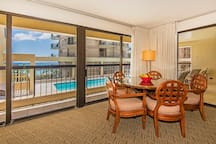 Dining Area with Ocean and Hotel Pool View