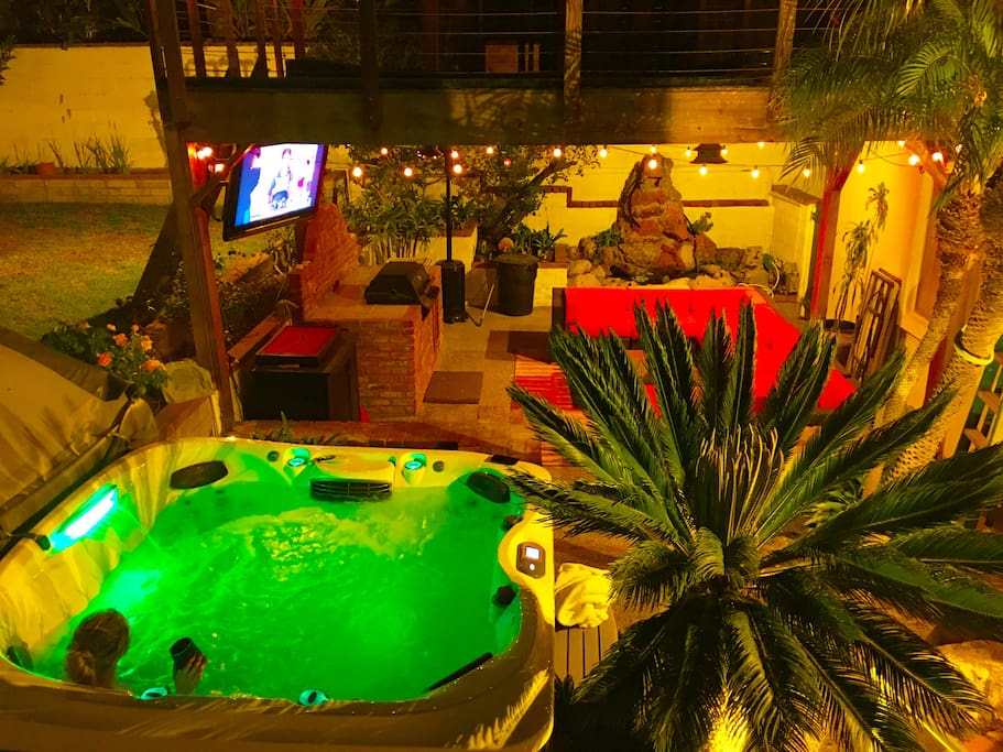Backyard with semi-private Jacuzzi Hot Tub