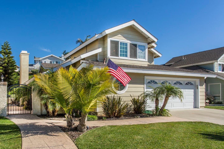 Beach Spa Getaway - Beautiful Home Exterior