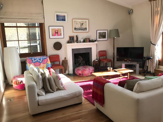 Notting Hill/Holland Park exclusive top flat
