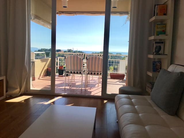 Amazing sea view apartment in Cala Major with pool