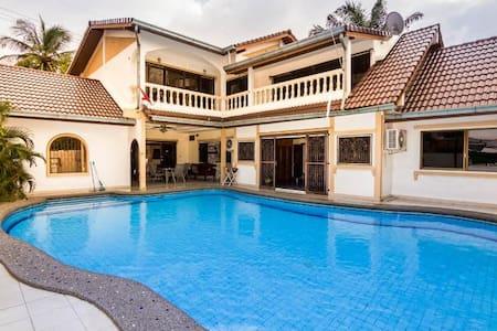 5BD in ♥ of Pattaya - Pattaya - House