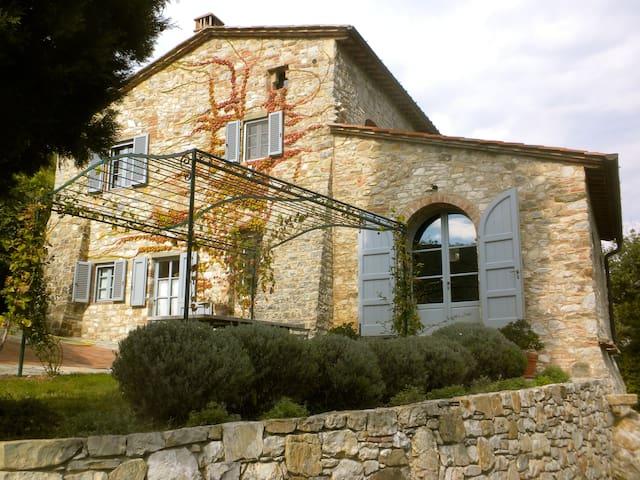 Entire farmhouse villa May + June 2018 only - Castellina in Chianti - Casa