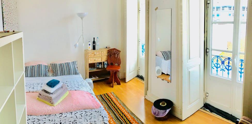 Room Lisbon Center1