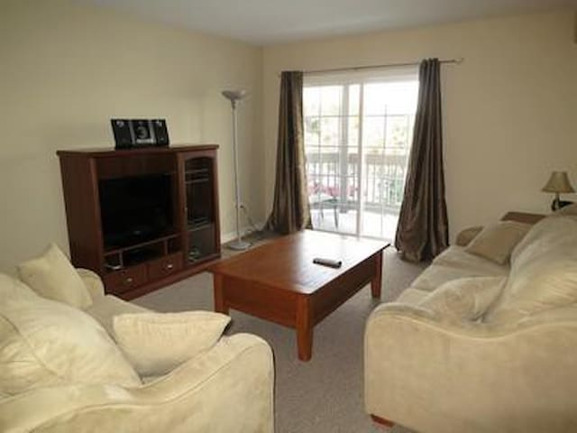 Close to All Amenities - Halifax - Appartement