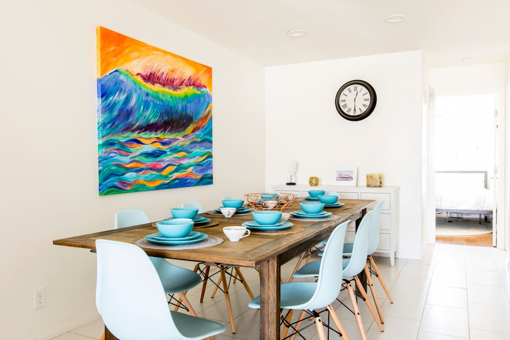 Plenty of seating with 8 chairs for a big family dinner right off your kitchen