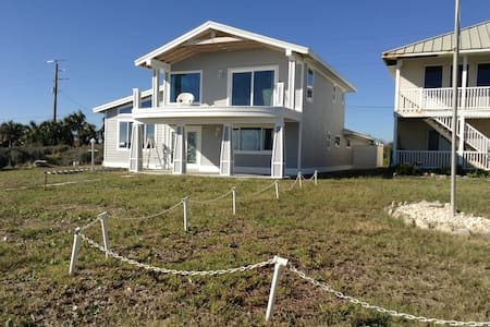 Oceanfront Home with Spectacular View of Ocean - Flagler Beach - Ház