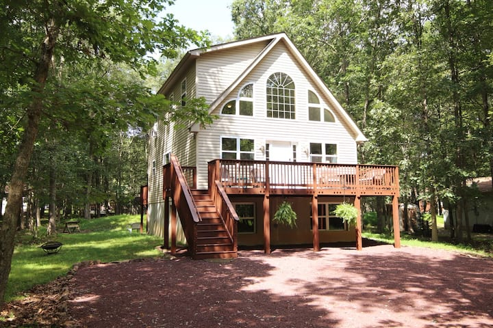 Chalet - Lake, Game Rm, Linens, Pocono attractions