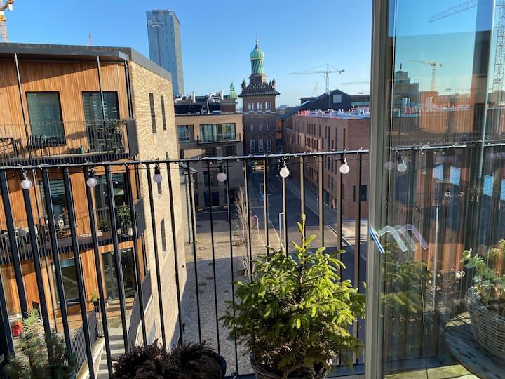 Carlsberg Area * 2 balconys * 2 bathrooms * parks