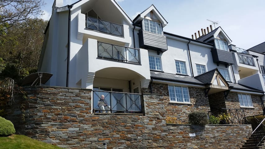 No 1 St Elmo's Court, Salcombe Luxury apartment - Salcombe - アパート