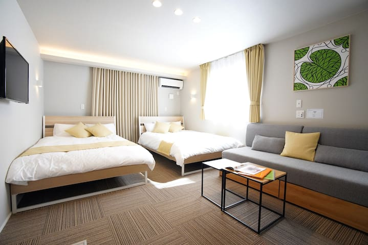 Open Sale!New Apt close to USJ, Namba, Umeda KS101