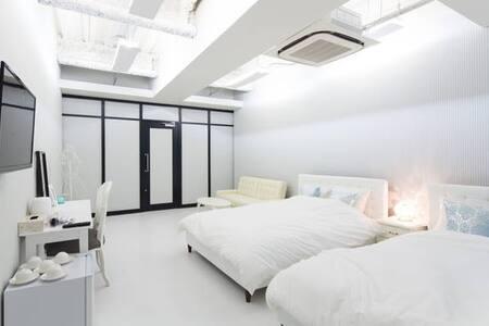 Cute and lovely room♪Dotonbori, Namba, Kuromon!!P6 - Tennōji-ku, Ōsaka-shi - Gästehaus