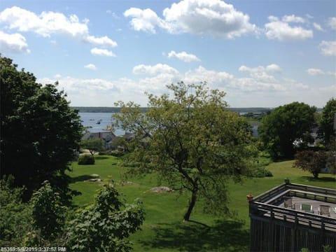 360 Water Views- Biddeford Pool, ME -walk to beach