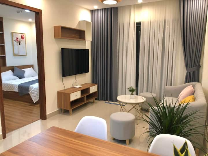 Thinh Phat Apartment 02 | 2 Bedrooms & Balcony