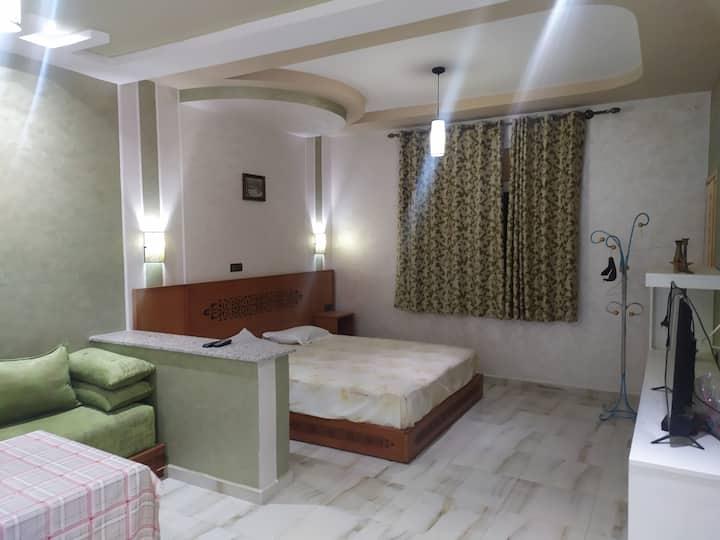 Elite modern studio furnished and spacious