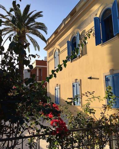 Liberty-Style Villa Apartment in Santa Marinella 3
