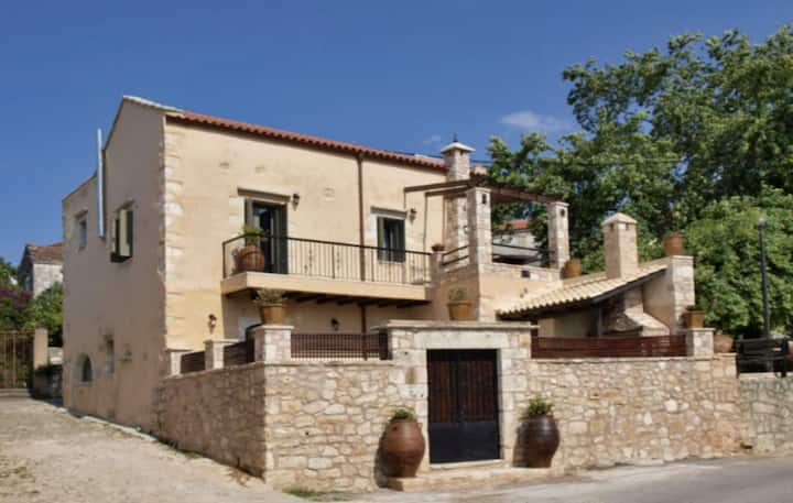 Traditional Villa Irilena, for up to 10 people