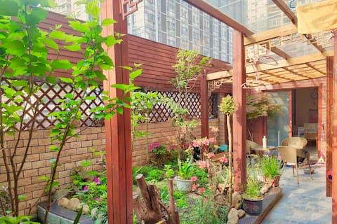 贵州安顺-德馨2-惬意阳光私家花园洋房/核心商圈交通便利/小吃美食包围/可借婴儿用品