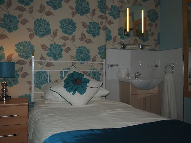 Room 1 at Bodhyfryd Guesthouse, Betws y Coed