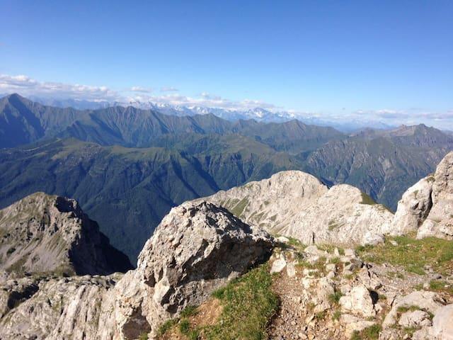 Caratteristica baita in montagna