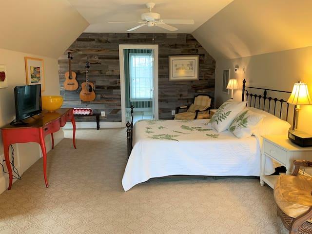 Sweet Suite on Snickersville!