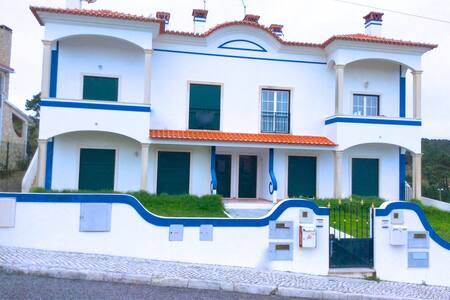 Appartement duplex vue océan - Salir do Porto