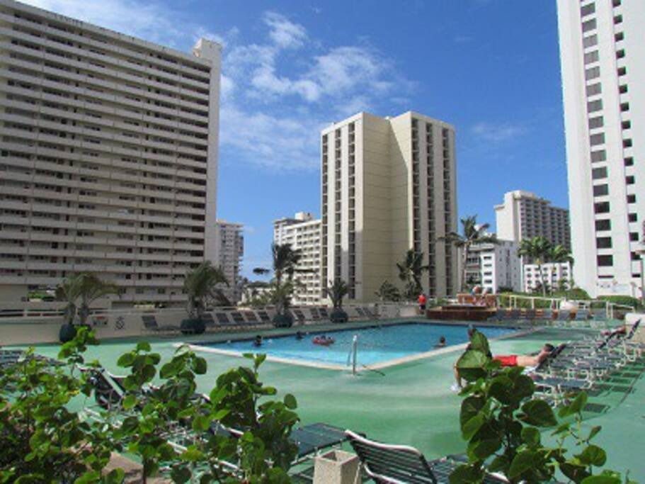 Ocean View Up To 6 People 2 Min From The Beach Apartments For Rent In Honolulu Hawaii