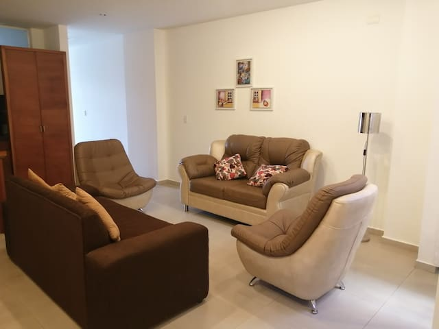 Apto Suite house centenario