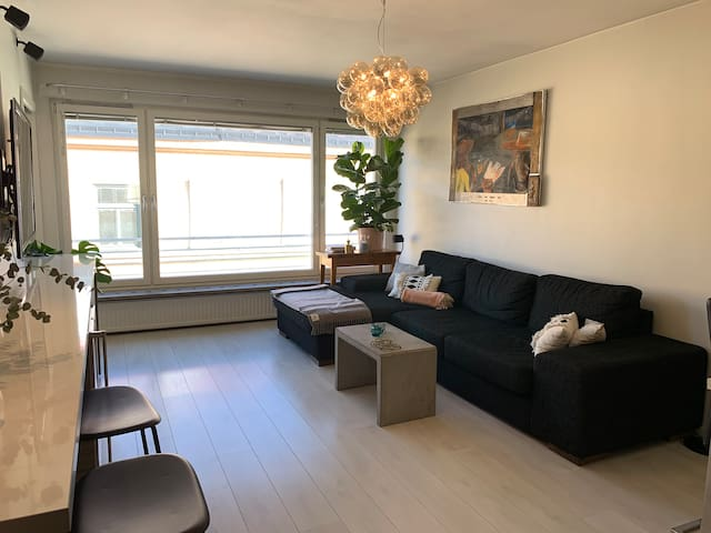 Modern 1BR apartment center of Östermalm by metro
