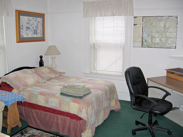 Fantastic room for your extended stay needs