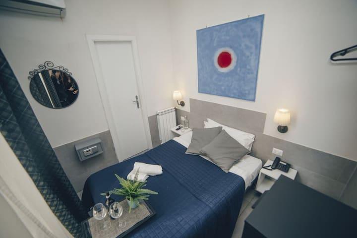 Hotel Ideal Naples - Double Economy Room