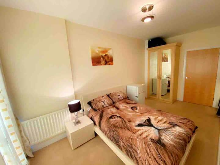 Beautiful double bedroom with private bathroom.