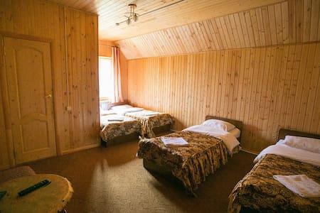 """Уютный пятиместный номер отель""""Белые ночи"""" - Cherkessk - Wikt i opierunek"""
