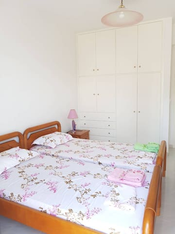 Room No.1 - quality closet, bedside tables, chest of drawers, air conditioned, balcony.